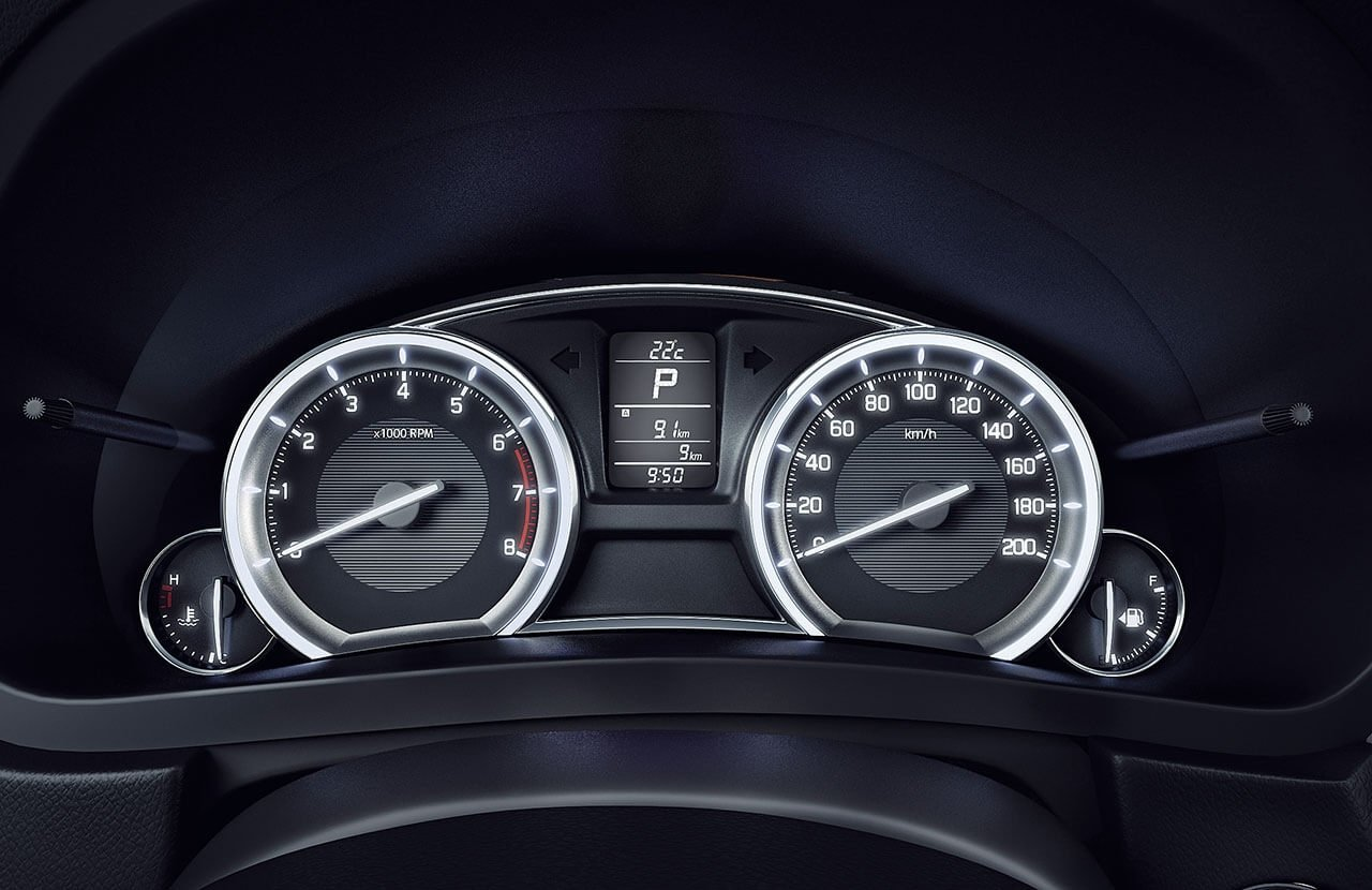Suzuki Ciaz Meter cluster with information display