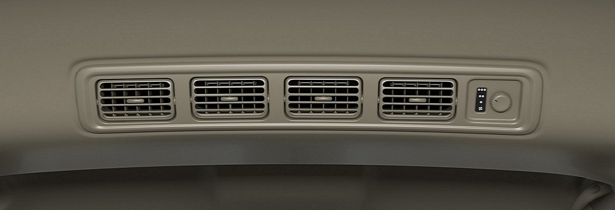 Suzuki Ertiga Air conditioner for second and third-row seats