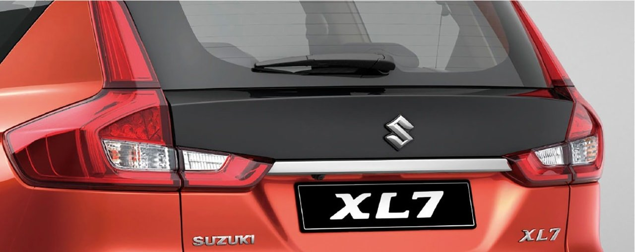 Suzuki All-New XL7 Black Backdoor Panel