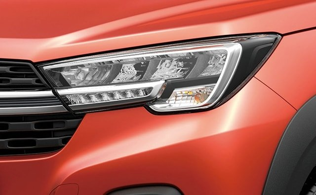 Suzuki All-New XL7 LED Headlamps with DRL