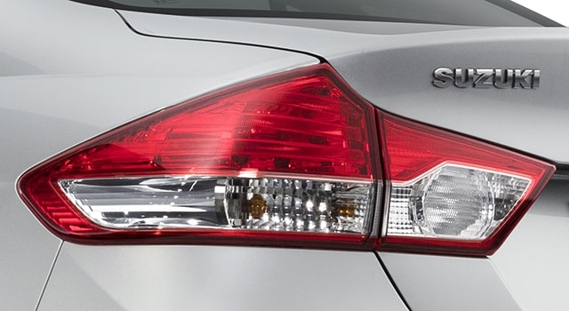 Suzuki Ciaz Two-part combination lamps